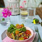 Sałatka z kaszy i pieczonych warzyw