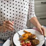 Kotlety wieprzowe z kaszą jaglaną