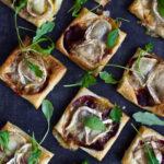 Ciasto francuskie z buraczkami i serem kozim