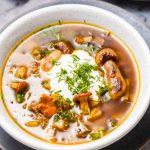 Zupa grzybowa z kaszą i ziemniakami